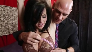 Brazzers - Milfs Like it Big - (Veronica Avluv, Johnny Sins) - The Right Equip