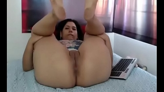 Latina slut chunky ass live show